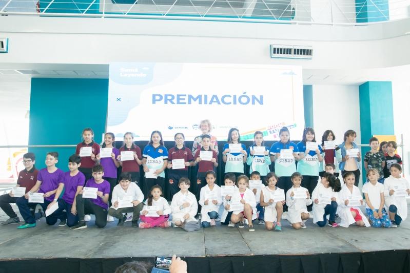 """Los ganadores de """"Sumá Leyendo"""" y """"Booktubers"""" recibieron sus premios"""