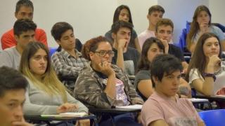 Con más de 1.000 alumnos comenzó el curso de ingreso de la ULP